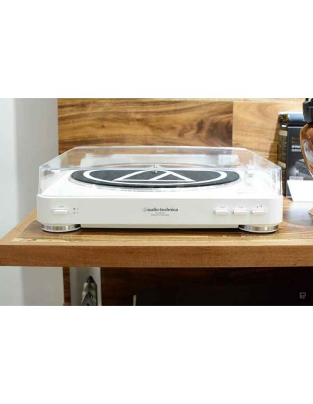 Audio Technica LP-60-Blutooth (White)